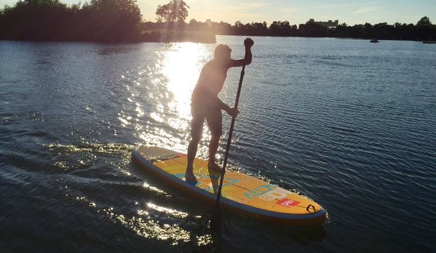 Stand Up Paddling am Schweinfurter Baggersee